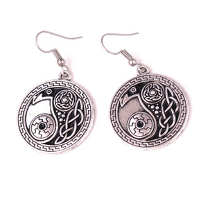 HY112 Chinois Yinyang Viking vintage taureau corbeau plaqué argent boucle d'oreille antique argent corbeau Yin Yang amulette pendentif boucle d'oreille pour les femmes