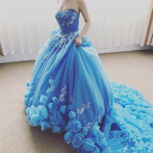 Azul bebê Cinderela Doce 16 Vestidos de tule Quinceanera vestido de baile querida Plus Size frisado babados mascarada Debutante vestido de baile