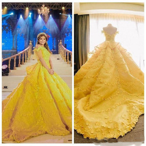 Gorgeoues Vestidos de Quinceanera Amarelo Brilhante Vestidos Capped Sleeves com 3D Floral Applique Swewer Trem Custom Feito Doce 16 Party Ball Ball