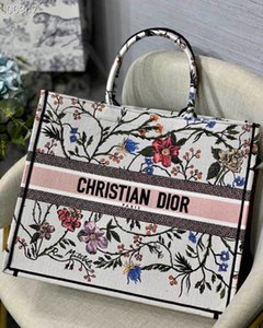 2019 hot new women's handbags high-end custom spliced canvas large empty shopping bags very practical business leisure fashion style
