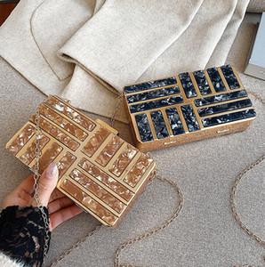 Designer- Frauenhandtasche Grafik hoher Qualität Hardbox Kette Tasche süß Druck Acrylic Abendtasche elegant Joker Frauen Leder-Umhängetasche