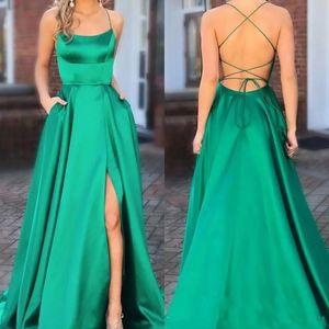 Vert élégant robes de soirée 2019 Side Slit Sexy bretelles spaghetti longue de bal Robes de bal Pageant Party Backless Robes balayage train