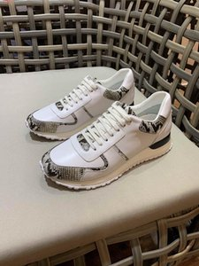 Comfortable breathe freely shoes White and black snakeskin patterned leather splicing design breathable Sports men shoes