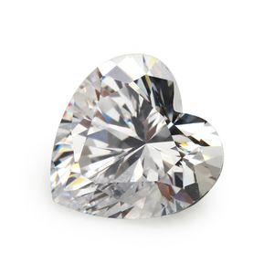 Atacado brilhando 100 PCS / bag 4 * 4 mm coração facetada corte forma 5A solto branco cubic zirconia beads for jewelry diy