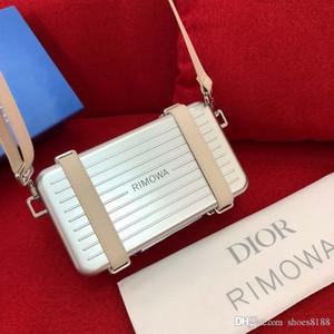 Luxus-Designer-Umhängetasche Luxuxhandtasche Leder Mobildesigner Cross Body global begrenzte kleine Koffer 133 s8