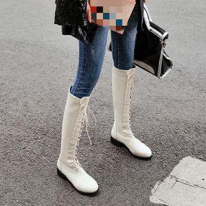 Venta caliente-YMECHIC 2019 Winter Gothic Ladies Boots Warm Plush Black Beige Chunky Heel Women Shoes Cross Tied Long Knight Ride Boot Tamaño grande