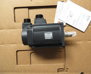 1pcs MITSUBISHI Servo Motor HC-RFS153 FREE EXPEDITED SHIPPING HCRFS153 NEW in box