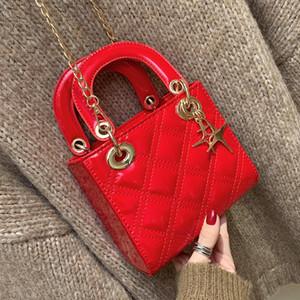 Bolsos de cuero de las mujeres del partido del embrague rojo de la vendimia bolso de la boda clásica de las señoras princesa totalizadores de las señoras de diamante del enrejado de patentes monedero