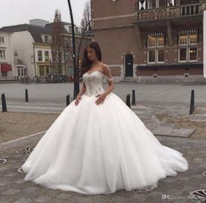Princesse de l'épaule Robes de mariée de luxe Robe de boule de luxe Robe de mariée de tulle Puffy Cristaux Robe de mariée taille Plus