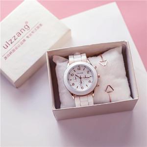 2019 Femmes Montres Enfant gros mignon doux Bracelet en silicone Band Quartz Montres Genève Mode pas cher cadeau analogique simple pour Wristwatch