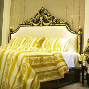 5PCS Literie de coton du style européen égyptien de luxe Marque V or Ensemble de literie king couette queen couverture Jupe de lit Taies
