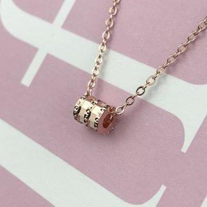 Collana femminile Accessori 2019 del pendente maglione catena della clavicola di oro della Rosa ha placcato la collana del collo Ornament