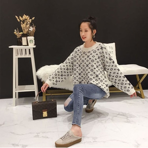 Frauen-Weinlese V-Ausschnitt Technologie Strick Pullover Pullover Mädchen Runway STRETCH VISKOSE Strick Luxuxentwurf Fashion Jersey Letters Hemd Tops