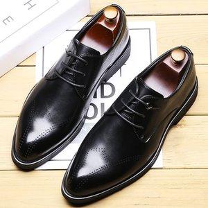 Scarpe 2019 Autumn vestito Nuovo business Scarpe Uomo coreano punta le dita dei piedi Bullock Uomo Lace-up Brogue Scolpito Leather Shoes Casual