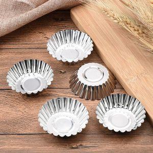 100 قطعة / الوحدة نونستيك تموج سبائك الألومنيوم البيض تورتة العفن زهرة شكل كب كيك قالب الكعك الخبز كأس tartlets المقالي lb 385