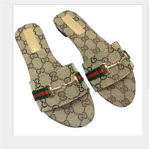 New Fashion Women Slide Sandals Designer Shoes Slide Summer Wide Flat Slipper With Thick Sandals Slipper Flip Flops size 35-42