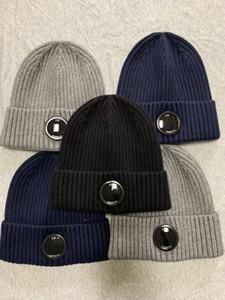 New CP COMPANY 1glasses lunettes de mode tuques hommes automne kippas tricotées épais de gris de tuques noir chapeaux de sports de plein air femmes