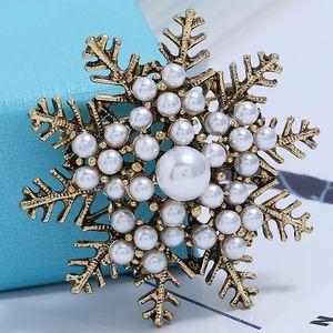 All'ingrosso-donne accessori di abbigliamento retrò neve di cristallo spilla fiore squisito pin spilla