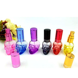 8 ml renkli Doldurulabilir Boş Kafatası Şekil Kristal Kesme Cam Parfüm Sprey Şişeleri Atomizer Mini Seyahat Numune Parfüm Konteyner Alüminyum Cap