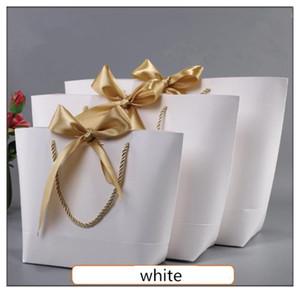 Presente de ouro Caixa de pijamas roupa Livros Embalagem punho do ouro Caixa de sacos de papel Kraft Paper Tamanho Grande saco do presente com punhos Decor