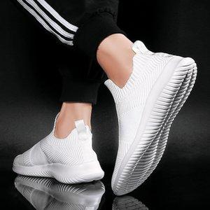 2020 nuovi pattini Gioventù esterna nero Sneakers uomini di alta qualità traspirante vulcanizzare Mesh Tenis Leggero Uomo Scarpe estive