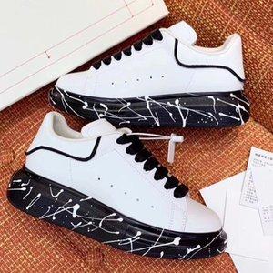 Kalite Graffiti boy ayakkabı tasarımcısı lüks mens En geniş boyalı taban 02 C22 ile ünlü ayakkabı Parti Paris tasarımcı spor ayakkabıları womens