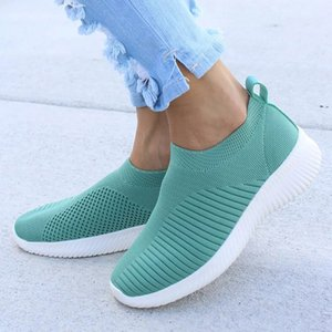 Cheap Outdoor Women Shoes Knitting Sock Sneakers Women Spring Summer Slip On Flat Shoes Women Plus Size Loafers Flats Walking Trekking shoe