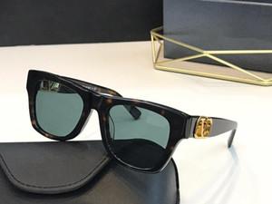 4066 Popular Designer Sunglasses Moda moldura quadrada óculos cravejado de diamantes e rebites Designer Eyewear Vem com caso