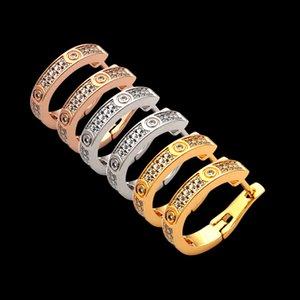 Brand Fashion New Love Gold Gold Head Titanium Jewerly Needlight Hearings 18K Thread Closed Известная сталь Классическая стальная GEM Серьги XJRQL
