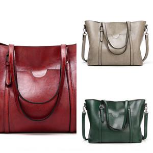 Women's Shopping shoulder shoulder shopping Hand bag oil wax simple and practical Women's Big Bag