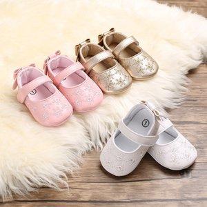 LANSHITINA la niña de los zapatos de cuero de la PU del niño zapatos de la princesa cuna con bordado recién nacido de la muchacha primer Walker Niños Mocasines B178 CY200512