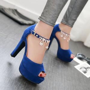 Big geringe Größe 31 32 bis 42 43 44 45 46 47 blau Strasskette starke Ferse Plattform Sandalen Frauen Designer Sandalen kommen mit Kasten