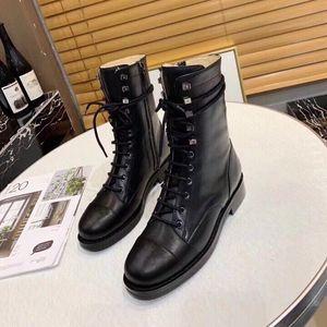 Bayanlar kısa botlar kalın dip Martin Boots Şık rahat deri malzeme ön su tablası, 5 cm yüksek heel.size35-41Original kutu