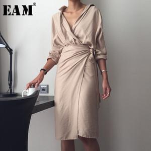 [EAM] 2020 New Outono Inverno V-Neck Long Sleeve cintura Bandage solto Big Size Temperamento Vestido Mulheres Moda Tide T200106