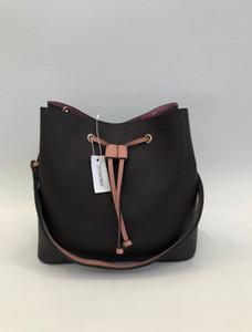 2020 bolsos de hombro del cuero genuino de la PU para transportar cadáveres cruzadas simple muchacha de las mujeres portable de la manera libre del cubo bolsa Envío gratuito