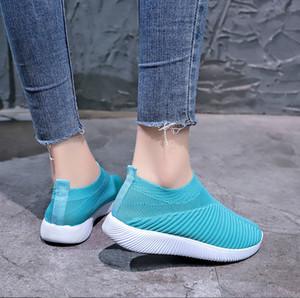 2020 New Trainer Sneakers Classic Brand Designer Womens Low Top Fashion Sock Sock Sock Sock Sock Sock Sneakers Runner Flat Entrenadores
