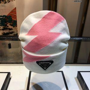 Top Diseño de lana de punto clásico del patrón del sombrero línea fina de tejido suave unisex sombrero de invierno de lana de cachemira sombrero impresión de la manera Accesorios para Fuentes