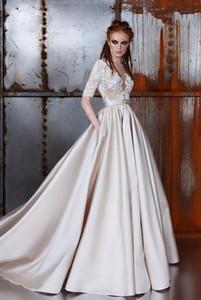 % 100 Gerçek Görüntü! 2019 Yeni Şampanya Gelinlik Sheer Boyun Yarım Kollu Aplikler Dantel Saten Gelinlikler Vintage Gelin Elbise