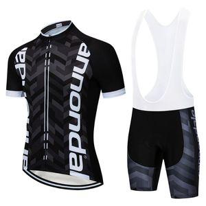 Schwarze und grüne neuester Radsport 2020 Herren-Fahrrad-Service-Team T-Shirt Reiten Gel Fahrrad Shorts Sets Sets schnell trocknend