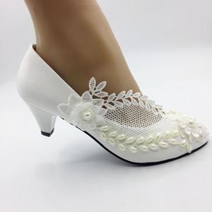 وأشار 5CM جديدة عالية الكعب اللون العاج الدانتيل الزهور الكعب العالي لؤلؤ اليدوية الأحذية النسائية أحذية الزفاف EU35-41