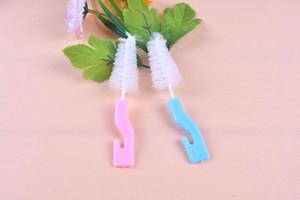 Nettoyage silicone Brosse pour bébé tasse bouteille de lait avec crochet Titiller alimentation tasse d'eau Brosse EEA1414-3 Randomly