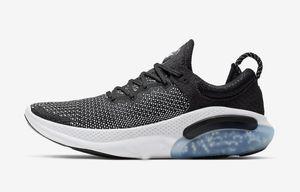 Ucuz Joyride Run ODYSSEY RECT SHIELD Erkekler 40-46 Üçlü Siyah Beyaz Platin Ton Üniversitesi Kırmızı Açık Nefes Atletik Ayakkabı Koşu