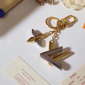 Popuplar Lüks anahtarlıklar unisex Anahtarlık Anahtarlık Tutucu Marka Porte Clef Hediye Erkekler Kadınlar eşyalar Araç Çantası Keybuckle kutusuyla