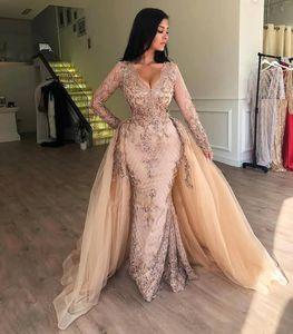 2020 New Elegante Lace Sereia Prom Vestido V Neck mangas compridas Lace Tulle Applique até o chão overskirts vestidos de noite Wear