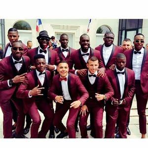 Trajes de novios de boda para el último año de 2019 Trajes de novio hechos a medida Padrinos de boda Best Man Slim Fit Prom Party Trajes (chaqueta + pantalón + chaleco + lazo) Más el tamaño 23