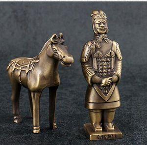 Terracotta Ordusu Ayarlamak için yurtdışına gitmek için hediyeler Çin Rüzgar Antik Geleneksel Modeli Hediye Reçine dekorasyon 5 ADET SET el sanatları