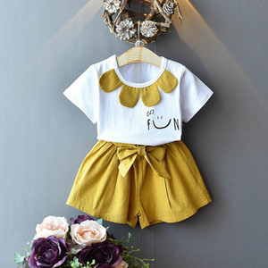 New arrived 2020 Summer girls outfits sweet girls suits fashion kids suits short sleeve T shirt+shorts 2pcs set kids designer clothes B1153