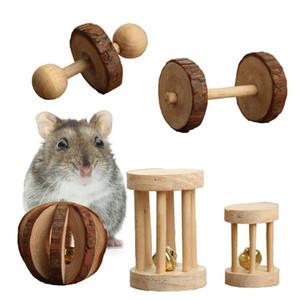6 pçs / set Hamster de madeira brinquedos de mascar animais de estimação cuidados com os dentes bola molar exercício jogando sino rolo brinquedo para coelhos de gato