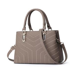 Дизайнерские сумки Мода женщина мешок плеча нубука женщин сумки Винтажная сумка мотоцикла Crossbody сумки Женщины мешок