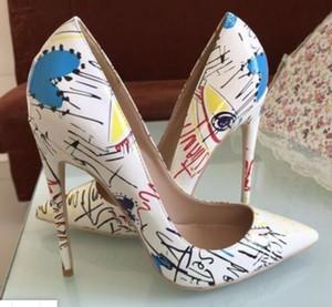 nuevo diseño Así que Kate Estilos de 8 cm 10 cm 12 cm las mujeres de los altos talones inferiores rojos dedos apuntando Multicolor Bombas de goma más tamaño 45 zapatos de boda